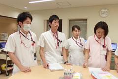 男性看護師になる 需要は?求人は?メリットデメリットは?収入は?|看護師になるには